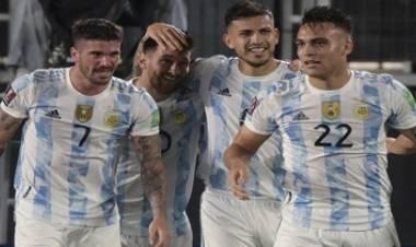 HOY ARGENTINA RECIBE A PERÚ EN EL MONUMENTAL EN BUSCA DE UN NUEVO PASO A QATAR 2022.