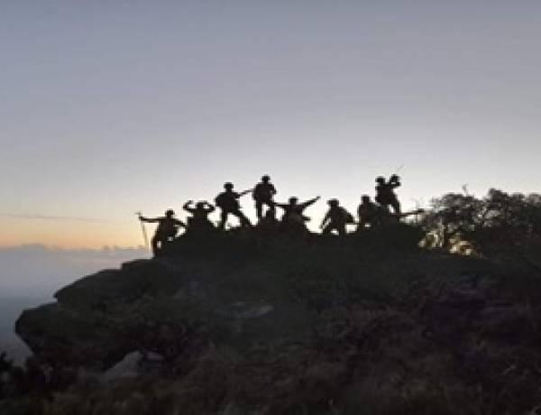 ALIVIO EN TRASLASIERRA : LOGRAN CONTENER EL INCENDIO Y ESTÁ EN GUARDIA DE CENIZAS.