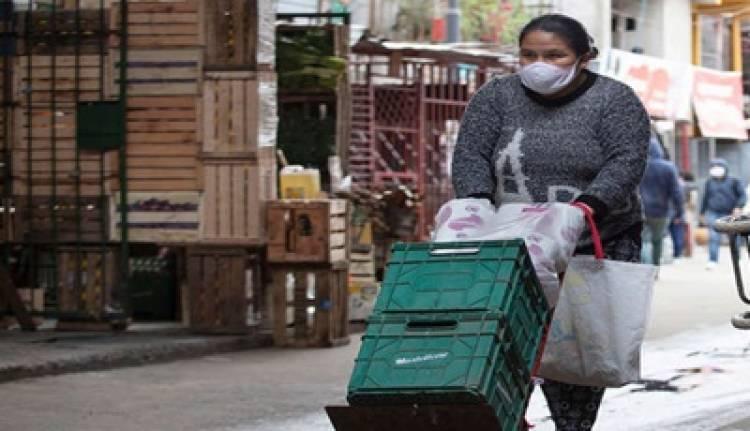 ARGENTINA : SE NECESITAN 60.874 PESOS MENSUALES PARA NO CAER EN LA POBREZA.