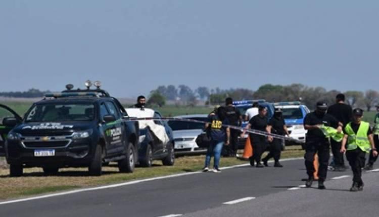 UN POLICÍA VIAL VIO A SU EX PAREJA CON OTRO HOMBRE Y LA MATÓ DE UN TIRO.